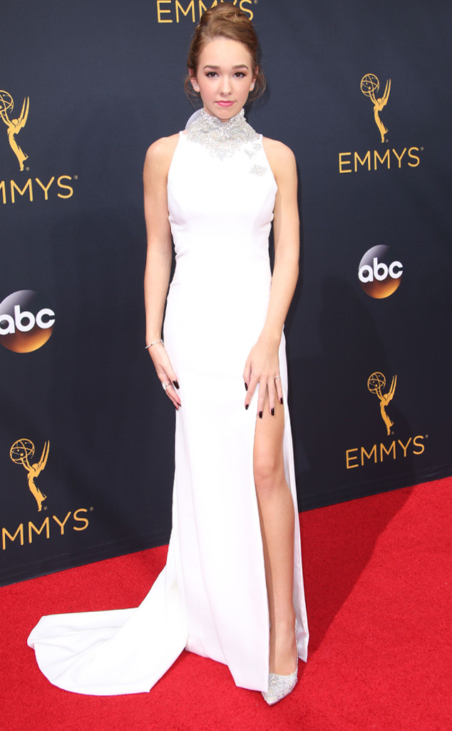 emmy-awards-arrivals-2016-holly-taylor