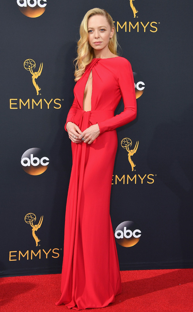 emmy-awards-arrivals-portia-doubleday