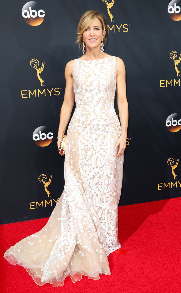 emmy-awards-red-carpet-felicity-huffman