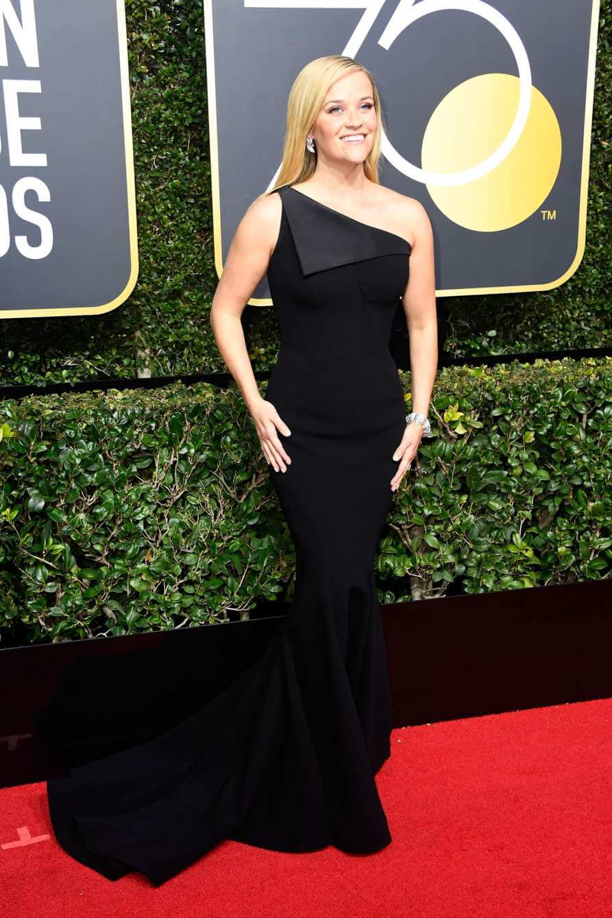Reese Witherspoon on the Golden Globes 2018 red carpet.