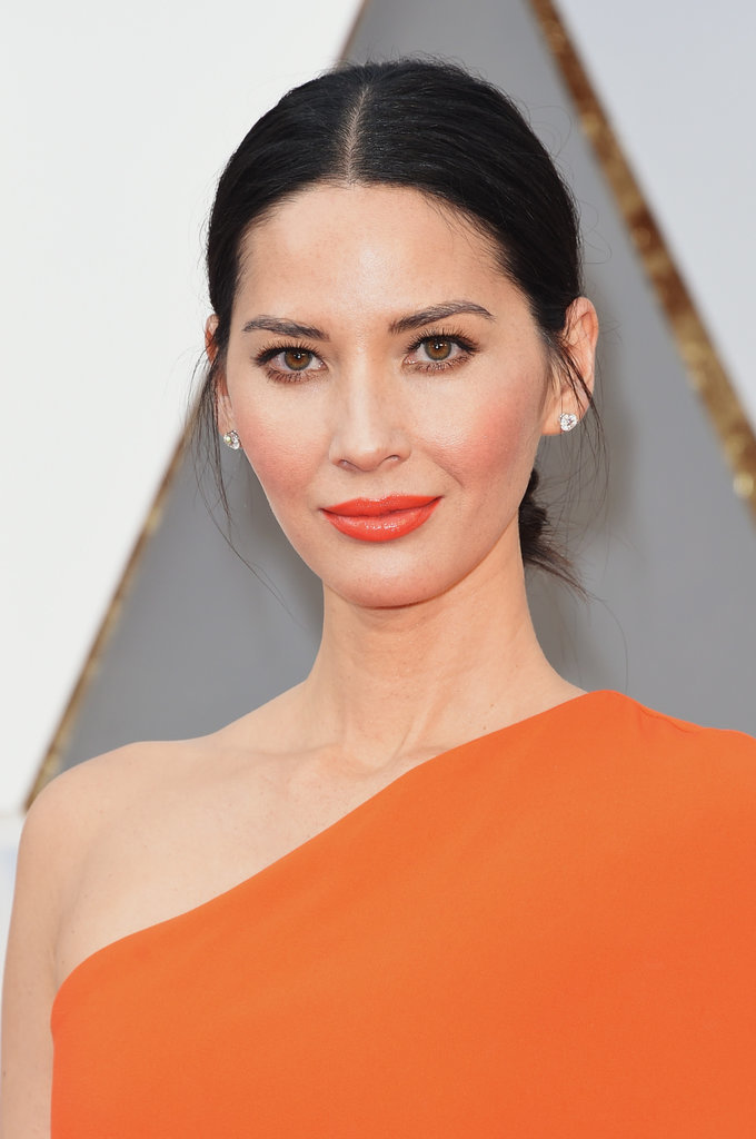 2016-oscars-best-beauty-olivia-munn