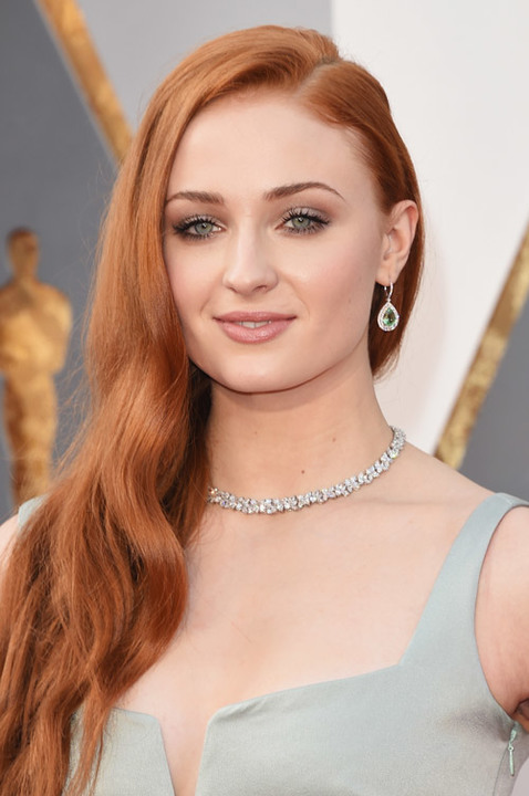 sophie-turner-oscars-2016-best-beauty