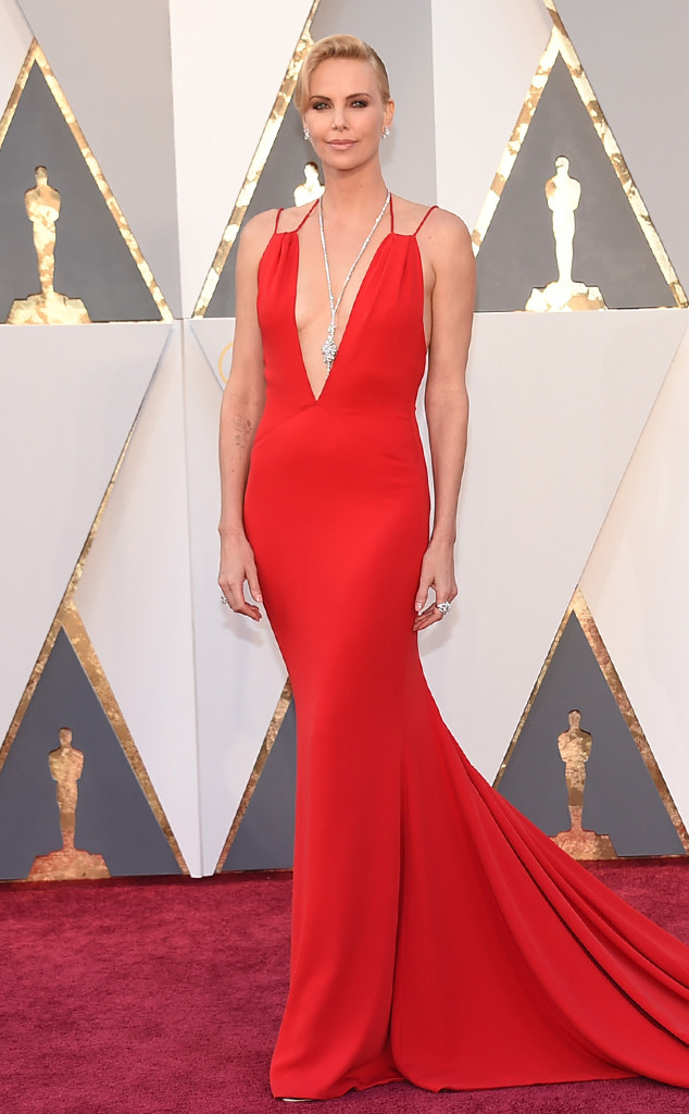 charlize-theron-2016-oscars-academy-awards