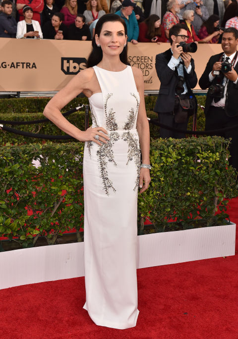 SAG-Awards-2016-Red-Carpet-Julianna-Margulies