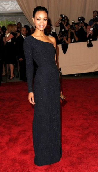 Zoe-Saldana-Black-One-Sleeve-Prom-Dress-2010-Met-Ball-Red-Carpet-600x600