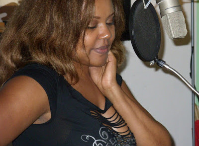 Patranila-voiceover-artist-singer