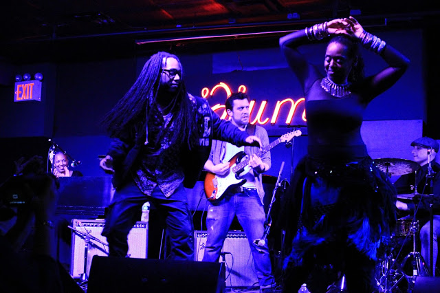 Live music and dance at Iridium Jazz Club
