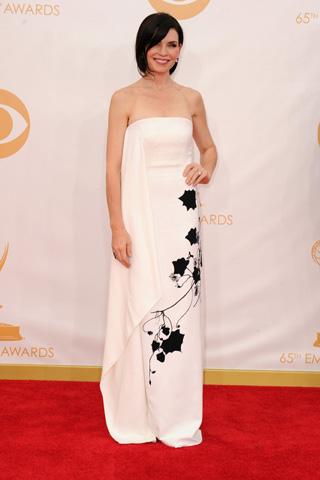 2013-emmy-awards-red-carpet-julianna-margulies