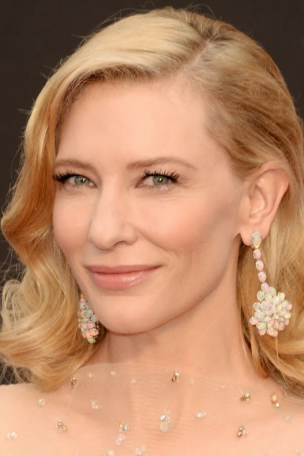 Who had the best beauty, hair and makeup at the 2014 Oscars. Cate Blanchett.
