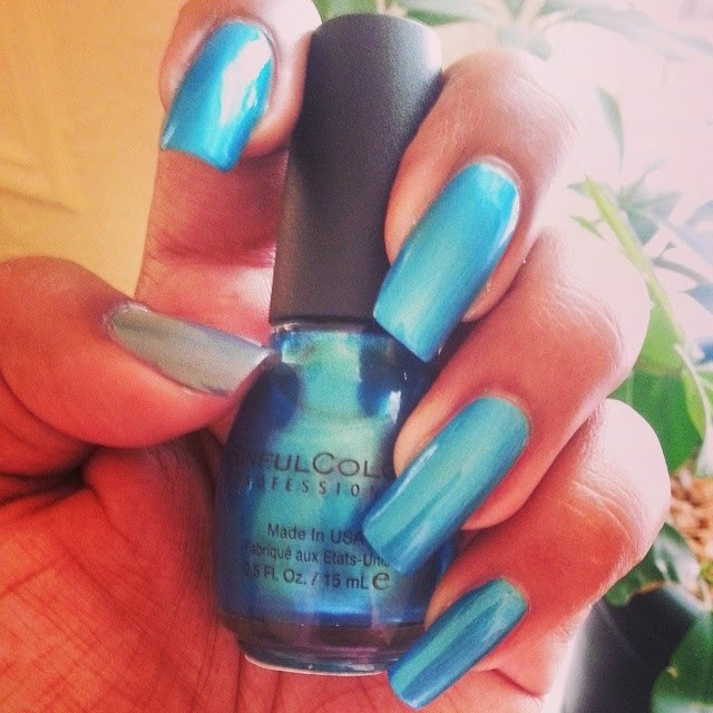 #SurfsUpVoxBox ~ SinfulColors Professional Nail Polish