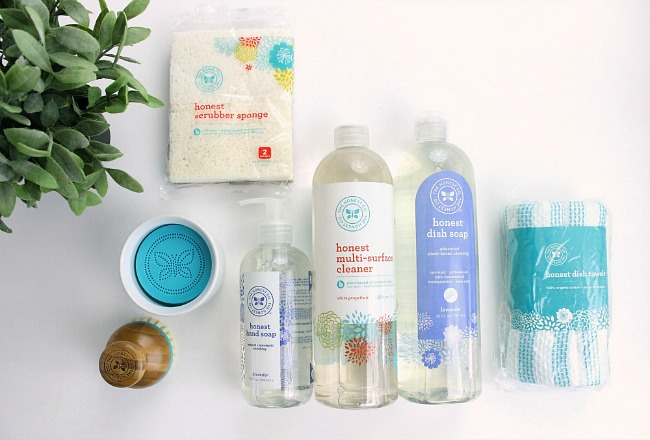The Honest Company Happy Home Gift Set