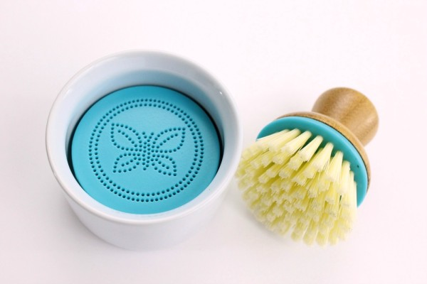the-honest-company-review-scrub-brush-patranila-project