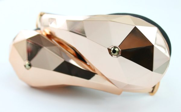 diamond-tears-rose-gold-headphones-the-patranila-project