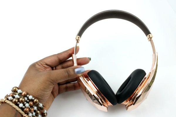 monster-diamond-tears-rose-gold-headphones-the-patranila-project