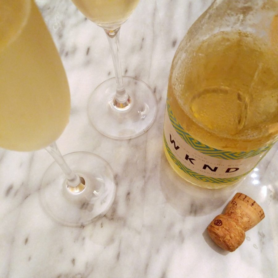 wknd-sparkling-wine-chenin-blanc-winc-club-w