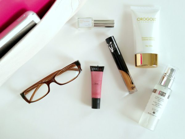whats-in-my-bag-fall-2016-patranila-project