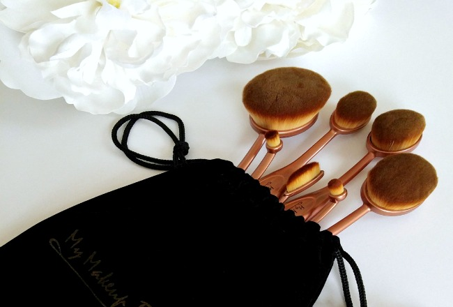 my-makeup-brush-set-oval-patranila-project