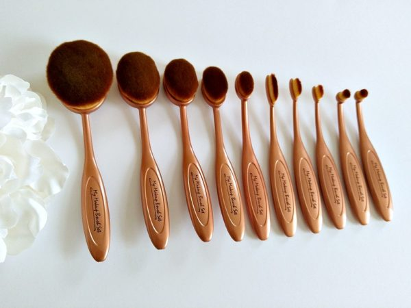 my-makeup-brushes-oval