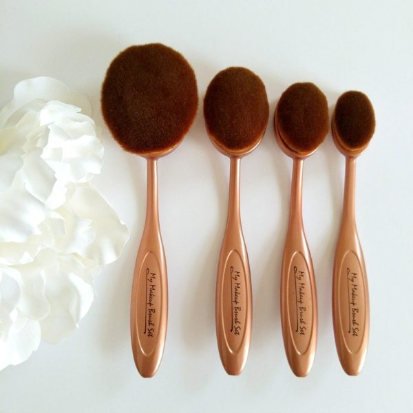 oval-makeup-brushes-foundation-contour