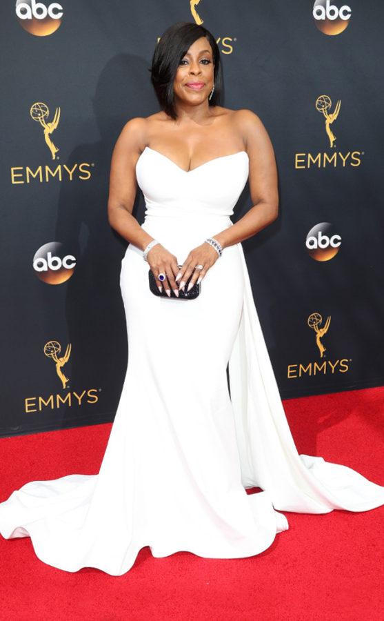 Emmy Awards 2016 – Best Dressed