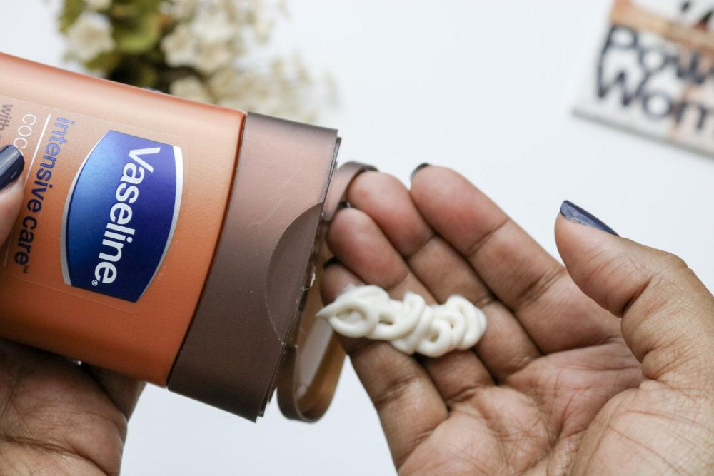 vaseline-intensive-care-cocoa-radiant-creamy
