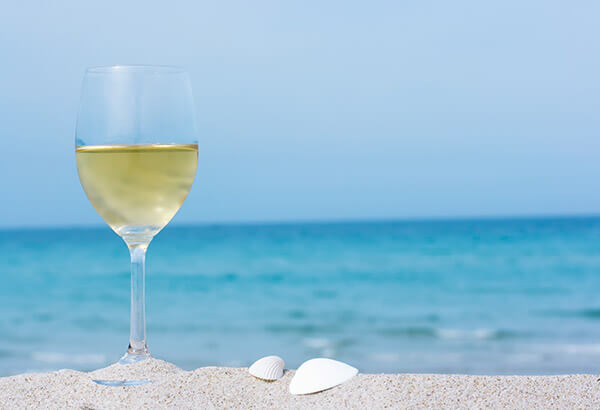 bring-your-favorite-wine-to-the-beach-patranila-project