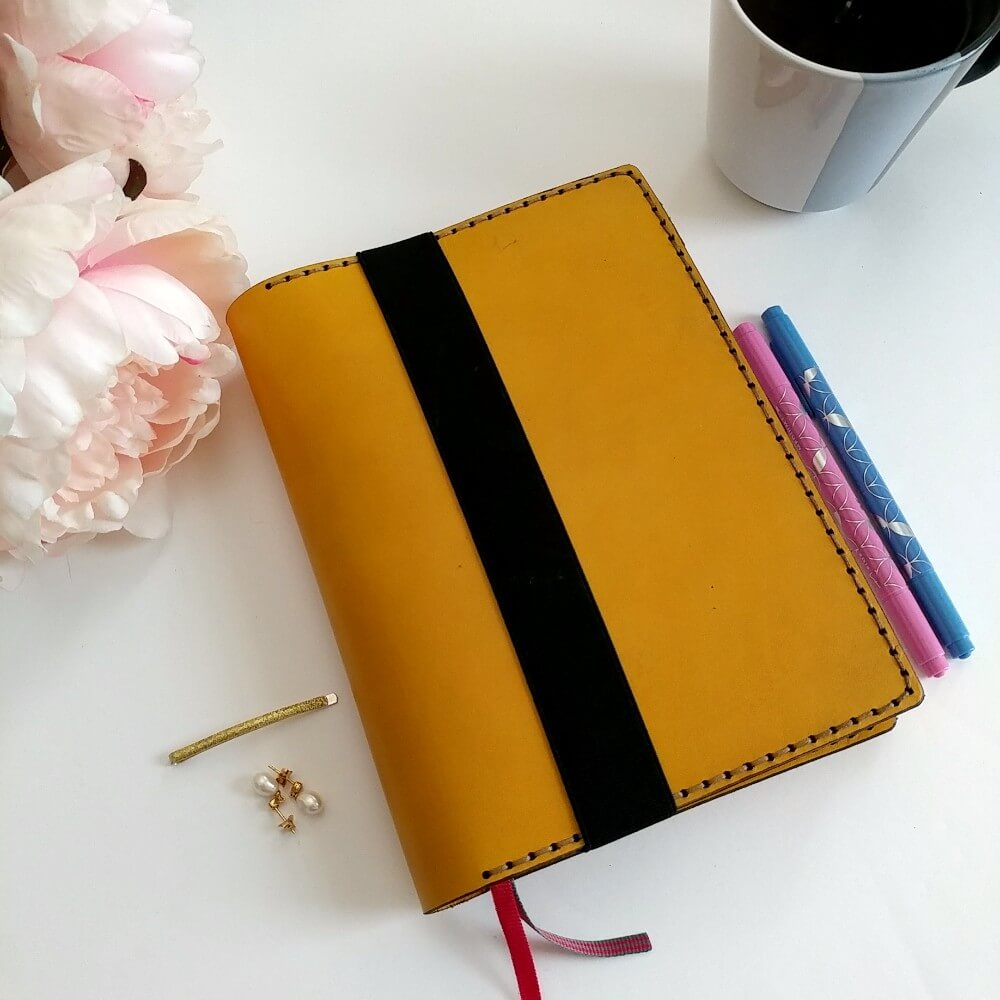 bullet-journal-galen-leather-cover-yellow-patranila-project