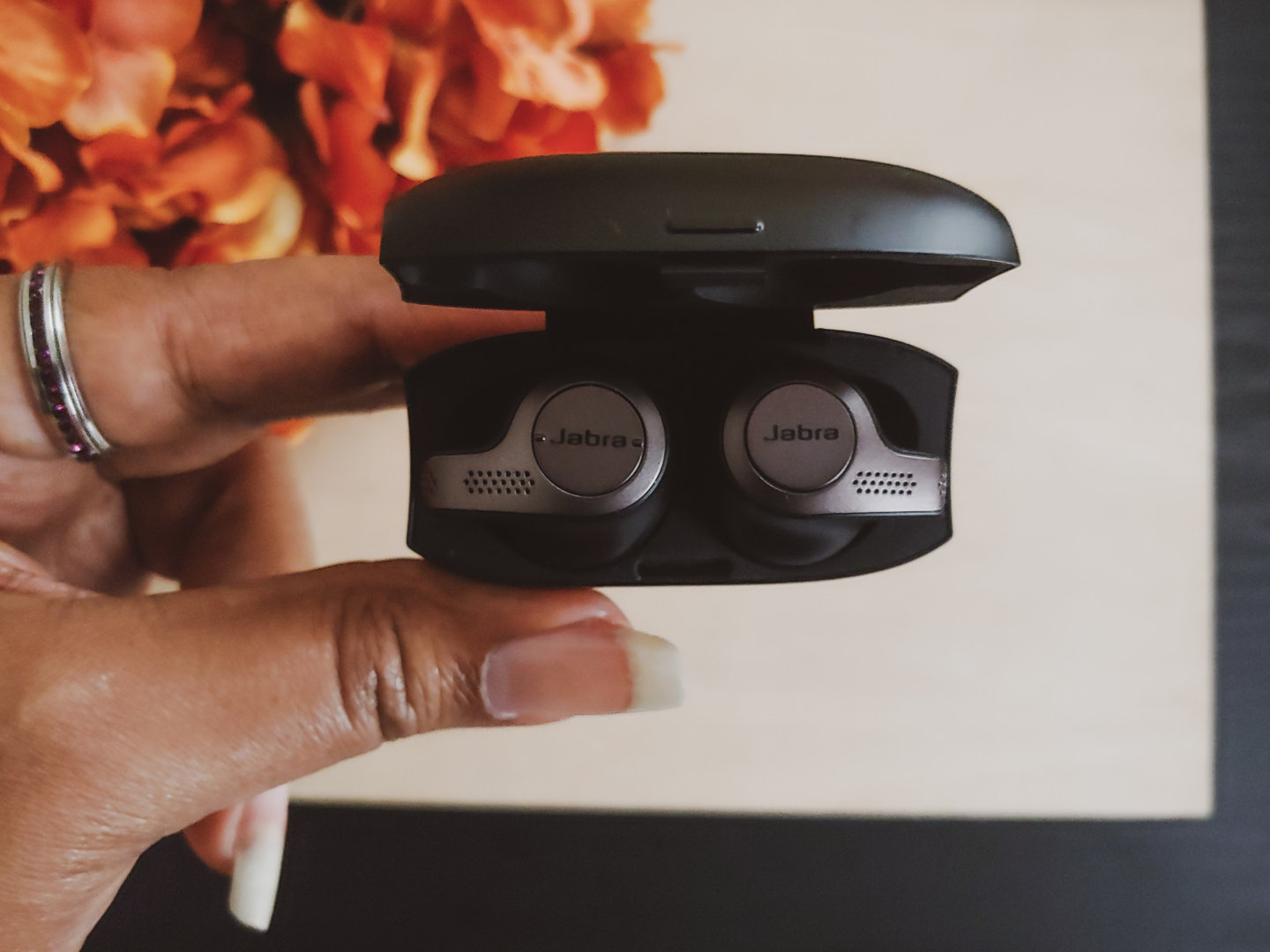 true wireless earbuds in case