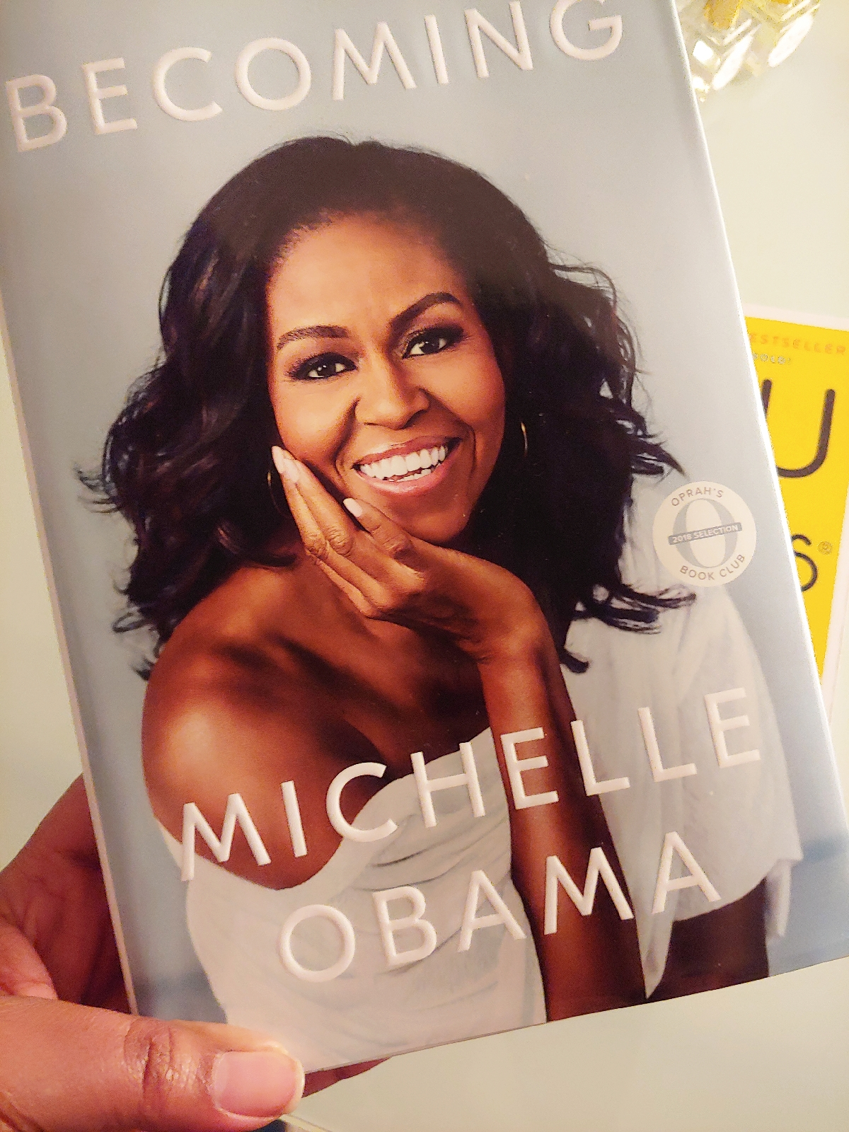 2018 bestseller becoming by michelle obama